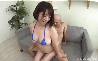 Hot ass Asian babe Wakaba Onoe licks and fucked from behind