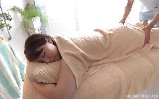 oiled Shinozaki Kanna enjoys relaxing massage before rough fuck