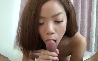 Cute japanese girlfriend blowjob
