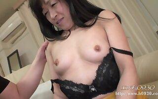 Hairy Asian GILF hot Amateur Porn
